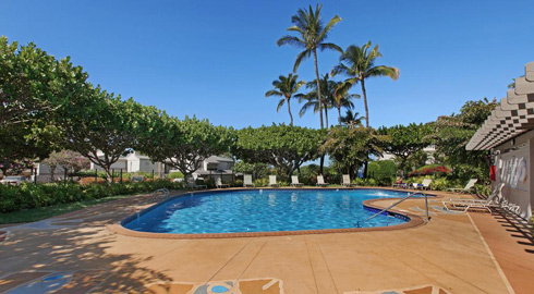 Wailea Ekolu solar heated swimming pool in Wailea, Maui
