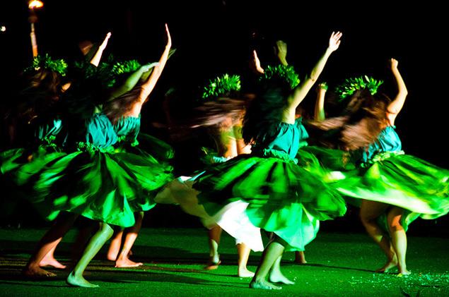 Hula dancers at the Old Lahaina Luau