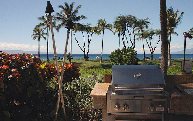 BBQ grill in Maui