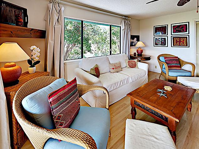 Maui Bliss villa Wailea vacation rental living room