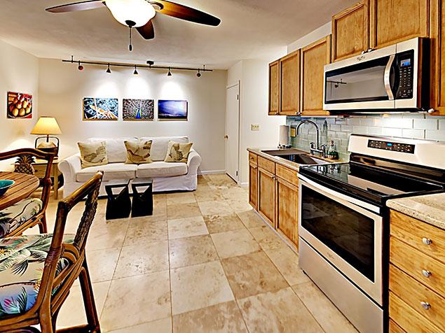 Maui Bliss villa Wailea vacation rental ohana downstairs living room studio
